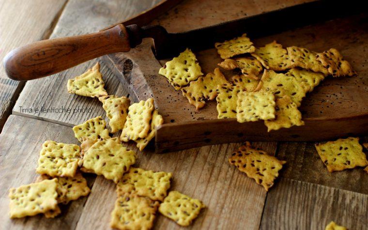 Come preparare i crackers croccanti con lievito secco