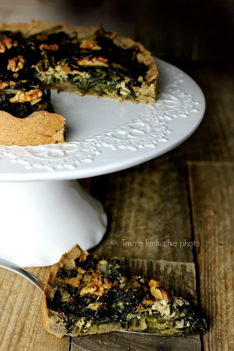 torta-salata-bietine-tofu-e-noci