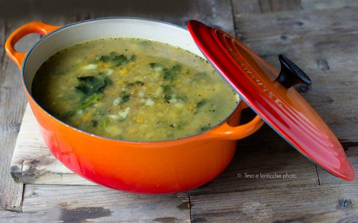 Zuppa del contadino con avena e cavolo navone