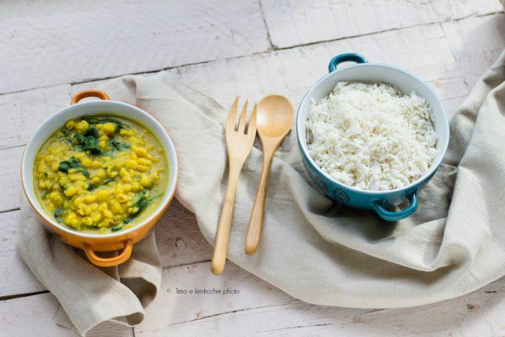 Zuppa di ceci alla curcuma e spinaci palak chana dal