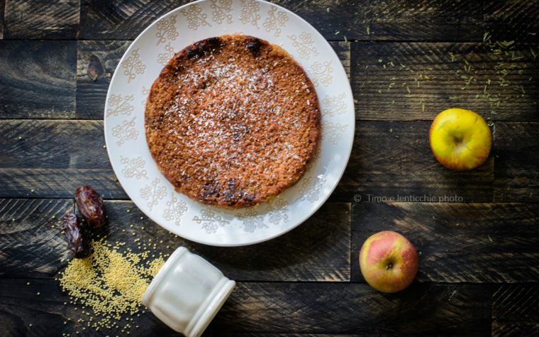 Torta di miglio mele e datteri senza zucchero