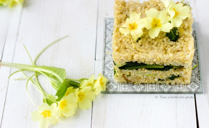 Tortini quinoa di primavera con primule e spinaci