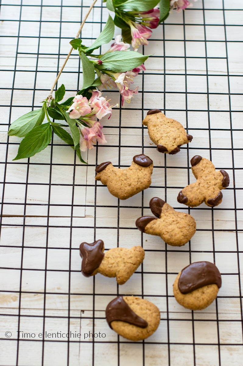 Biscottini semplici di Pasqua frolla senza burro e senza uova 2