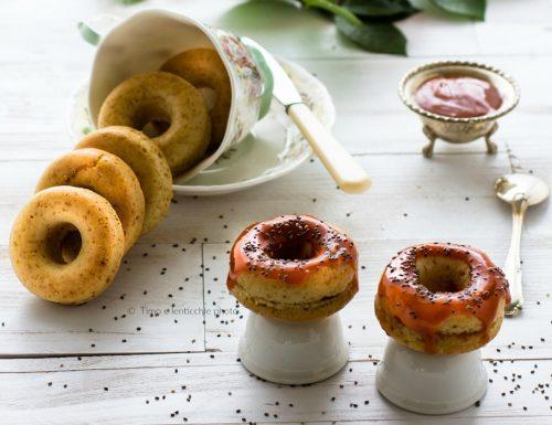 Mini donuts o ciambelline alla rosa canina e chia