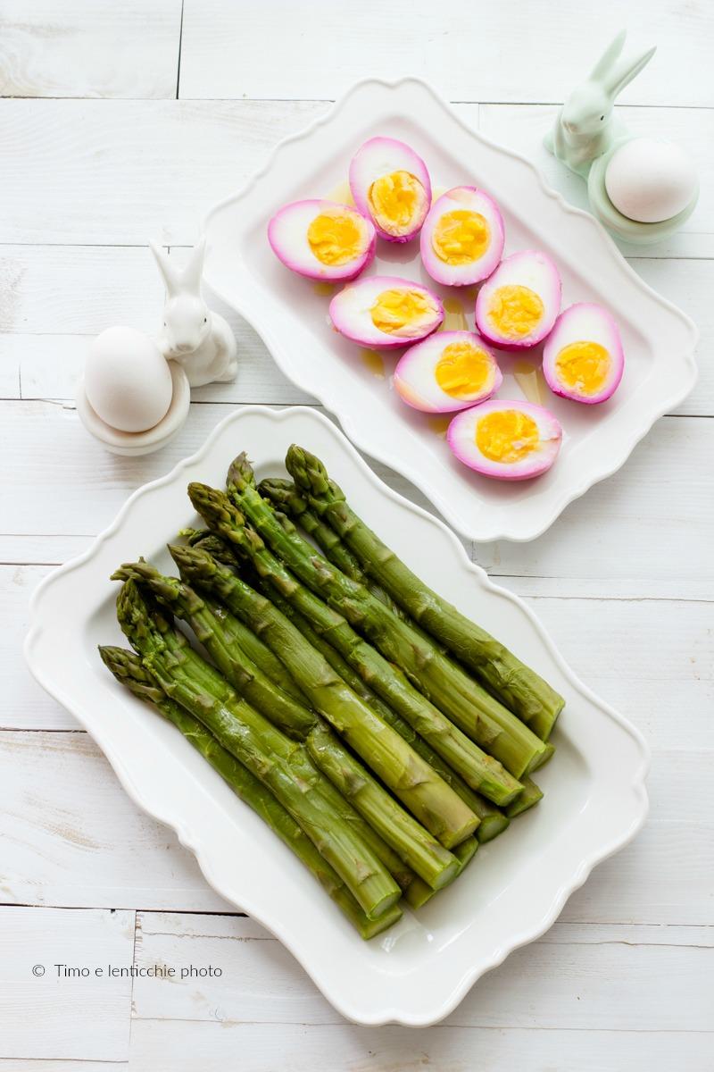 Come colorare le uova sode ricetta con asparagi verdi