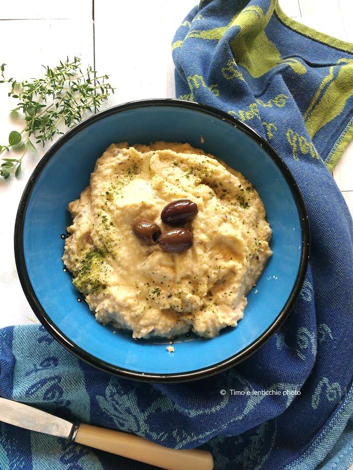 Hummus di ceci con olive taggiasche