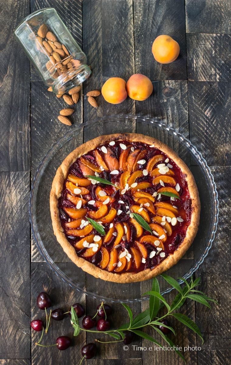 Crostata albicocche e ciliegie ricetta vegana 1