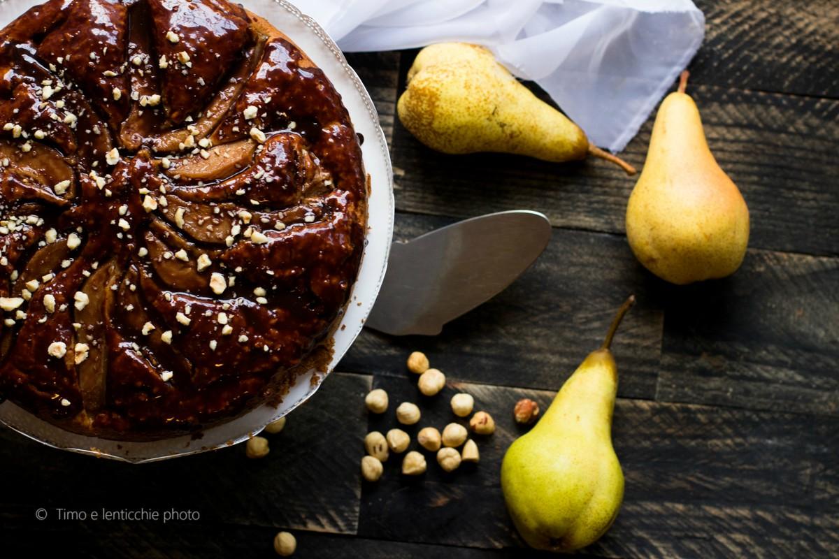 Torta di pere e nocciole al cioccolato 7