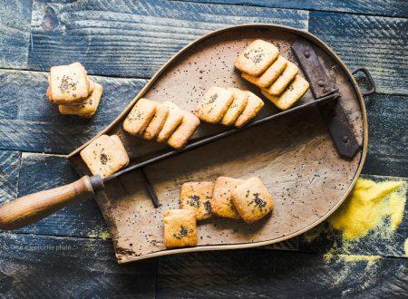 Biscotti farina gialla e chia ricetta semplice