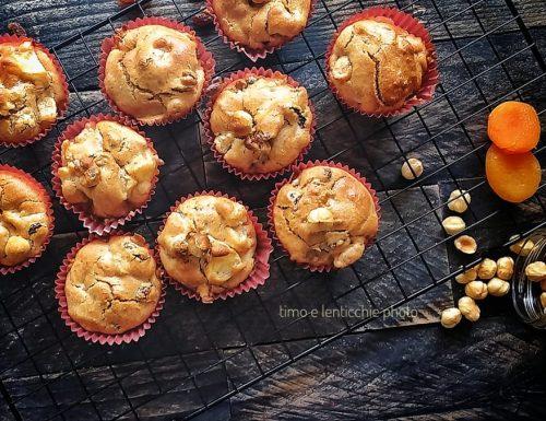 Muffin dolci con frutta secca