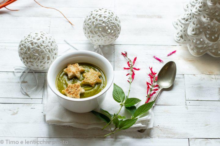 Vellutata stellata zucca e spinaci