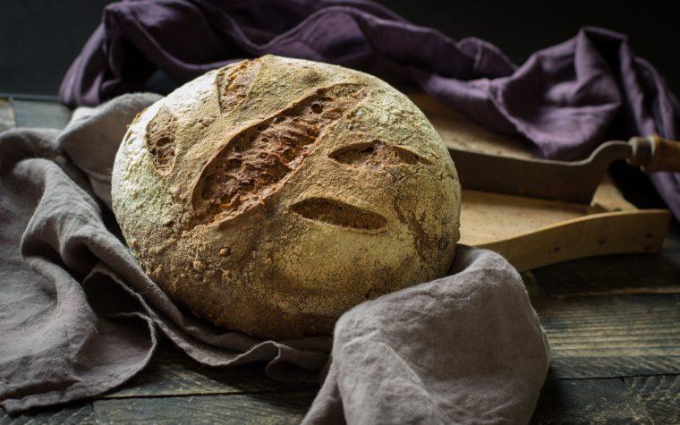 Pane quotidiano con lievito madre