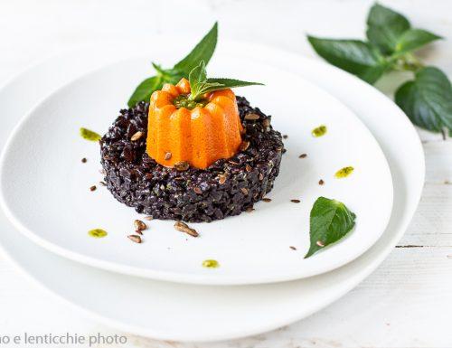 Kanten al peperone su riso nero