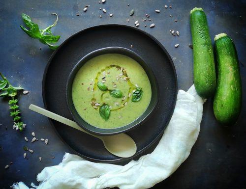Vellutata di zucchine al basilico – ricetta estiva