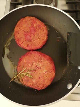Burger di barbabietola - rapa rossa 5