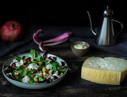 Caesar salad con Asiago fresco