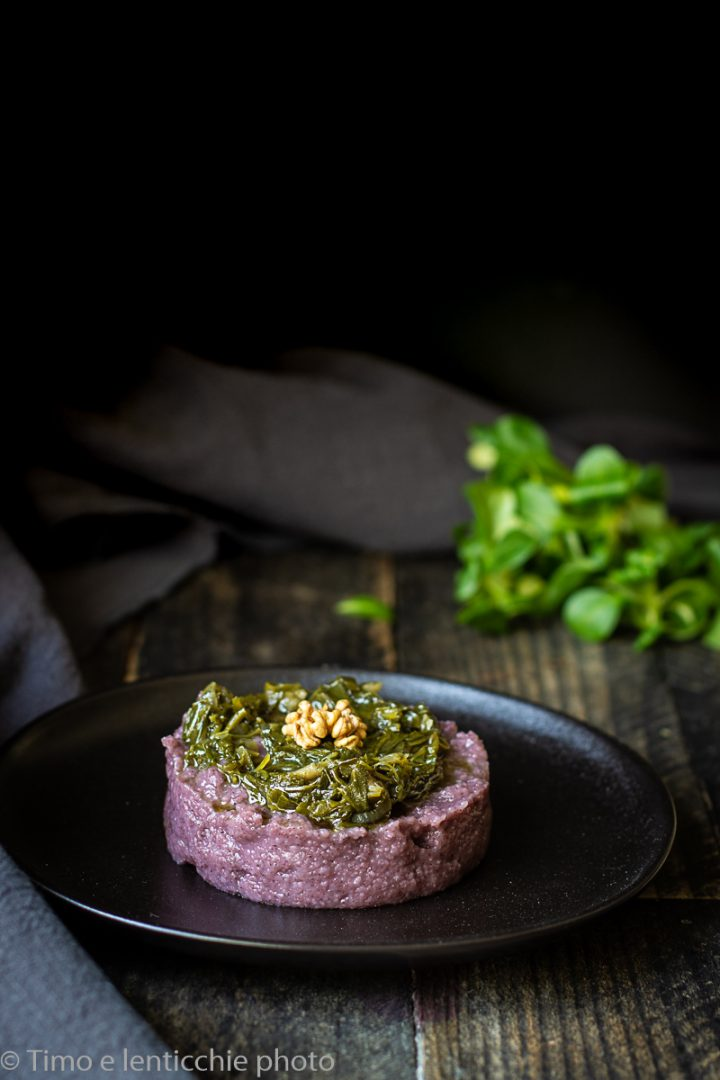 Raperonzolo, rampussolo su polentina di riso nero