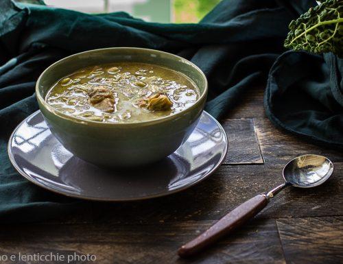 Zuppa di edamame e carciofi