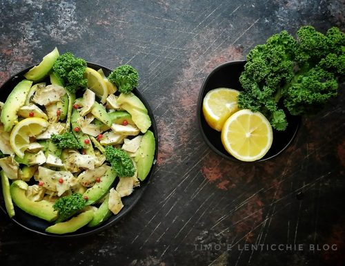 Insalata carciofi e avocado raw