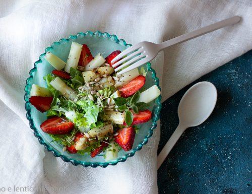 Insalata fragole e asparagi