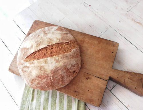 Pane a lievitazione naturale lievito madre