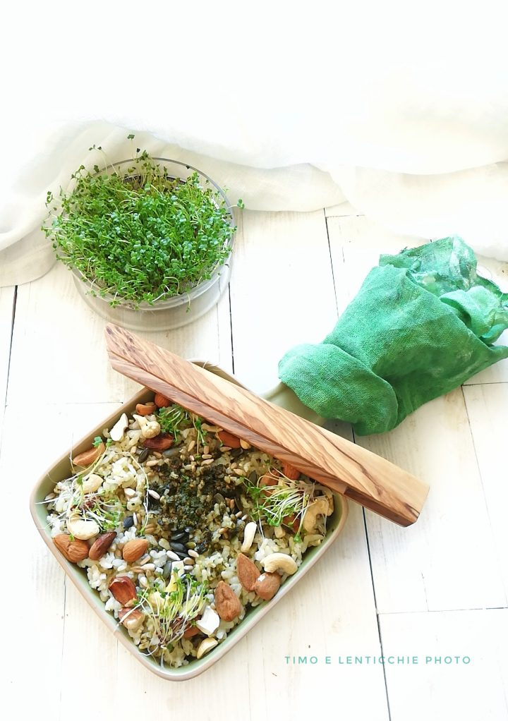 riso integrale germogli e frutta secca 1