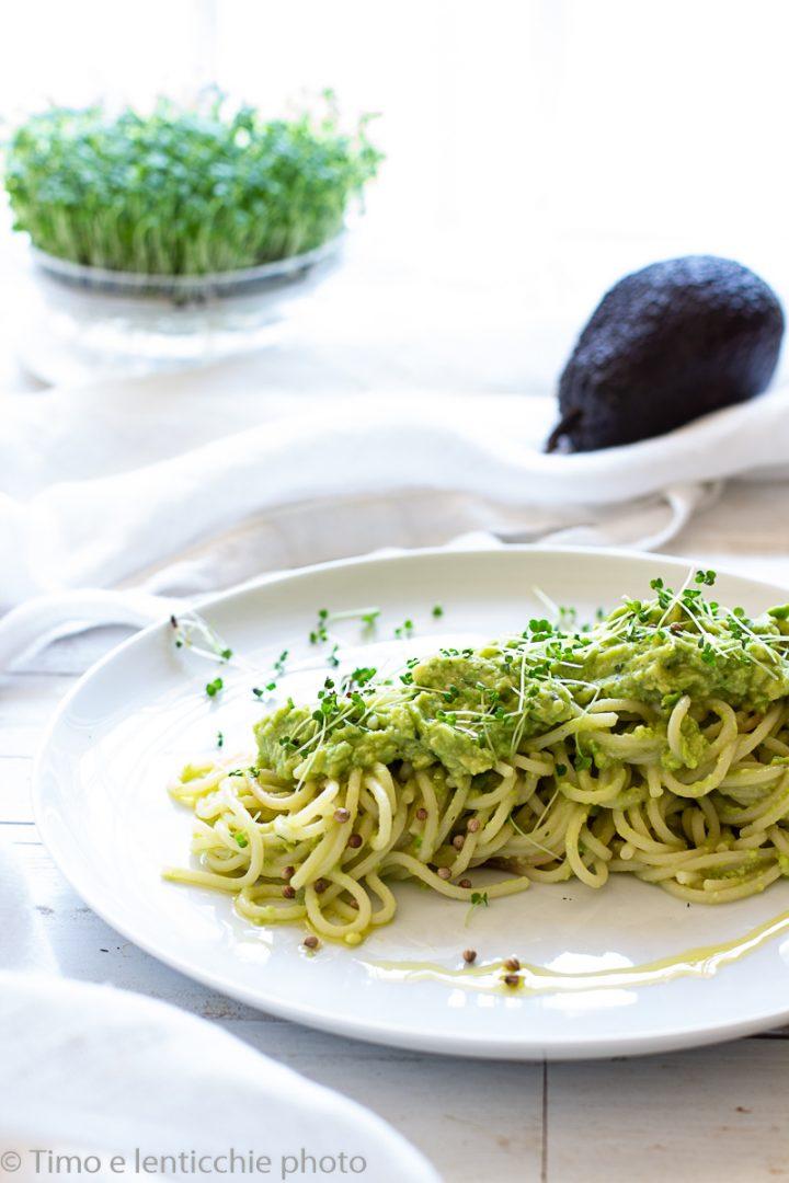 spaghetti all'avocado avokado pasta