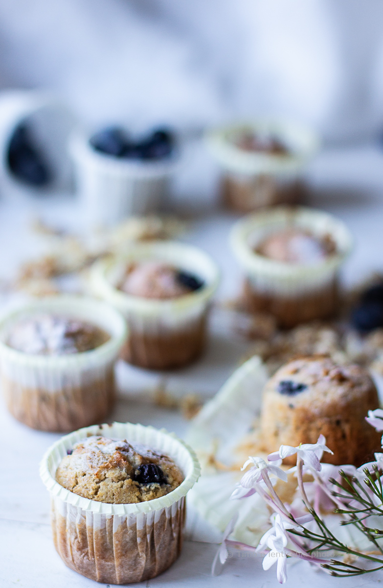 Muffin vegani ai mirtilli e gelsomino