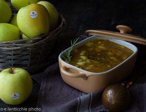 Zuppa di mele e zucca con lenticchie