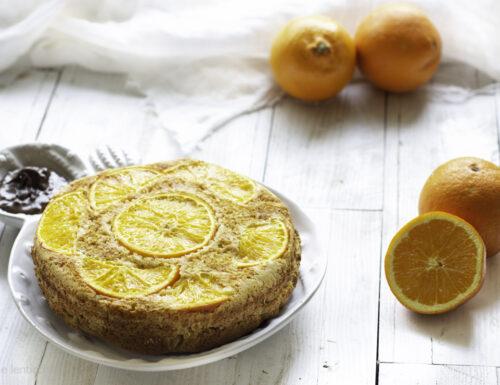 Torta all'arancia e cocco farcita proteica