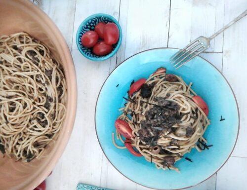 Spaghetti con sugo di lenticchie al profumo di mare