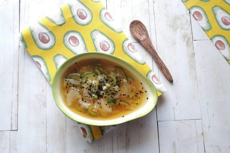 Zuppa cipolle e zucchine con tamari