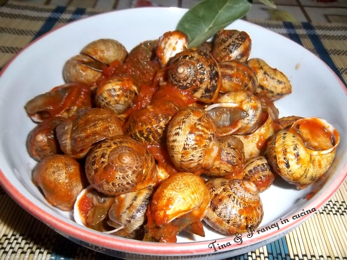 Ricetta delle lumache alla sarda con sugo is boveris for Cucinare le lumache