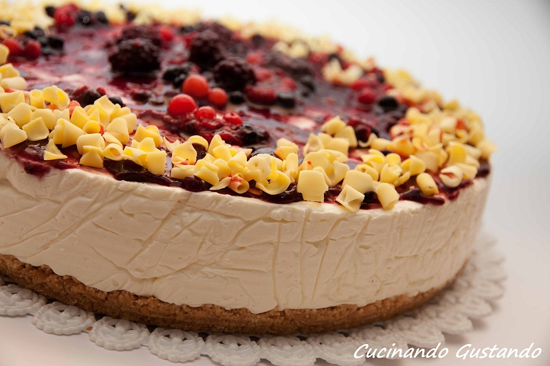 Cheesecake frutti di bosco cioccolato bianco