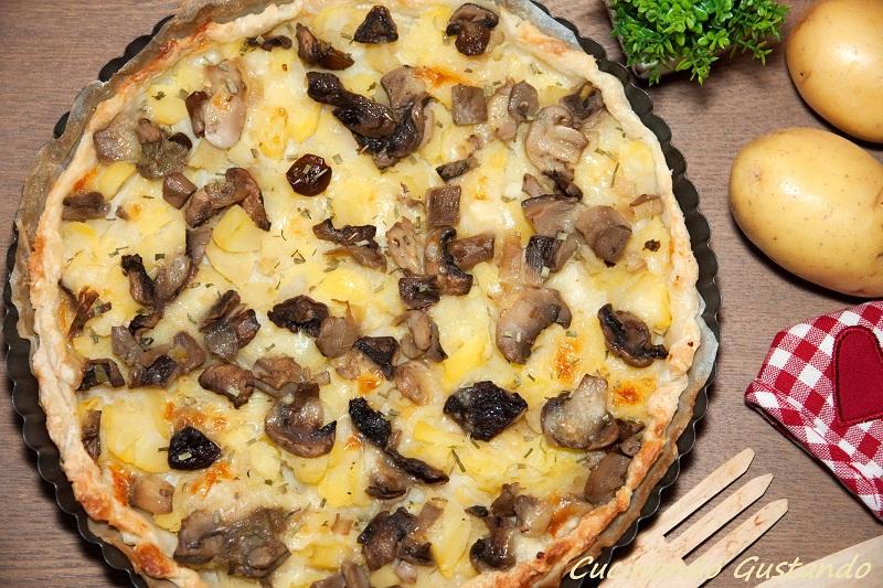 Torta salata funghi patate formaggio