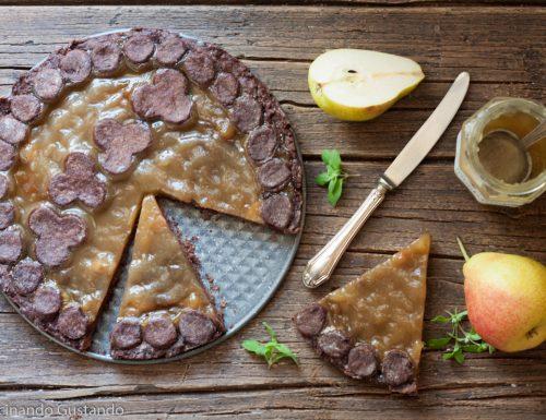 Crostata con frolla al cioccolato e marmellata di pere