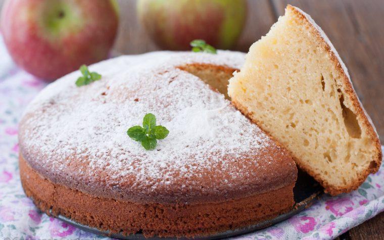 Torta Pan di mele con mele frullate
