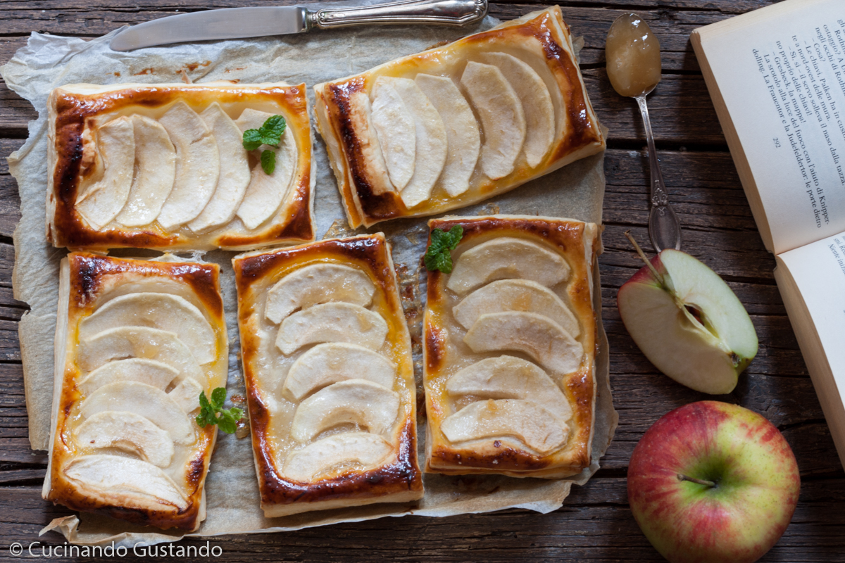 Sfogliatine di mele e marmellata
