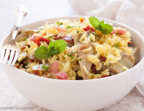 Insalata di riso carciofi speck e pomodori secchi