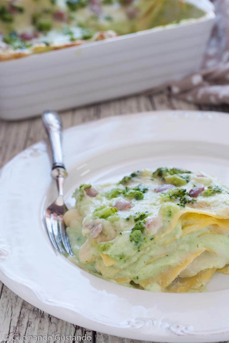 Lasagne con crema di broccoli e pancetta