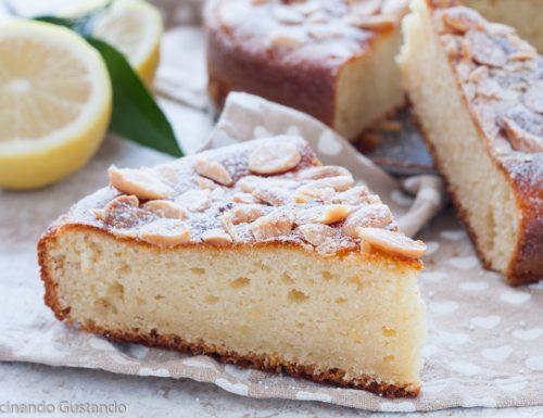 Torta ricotta mandorle al profumo di limone