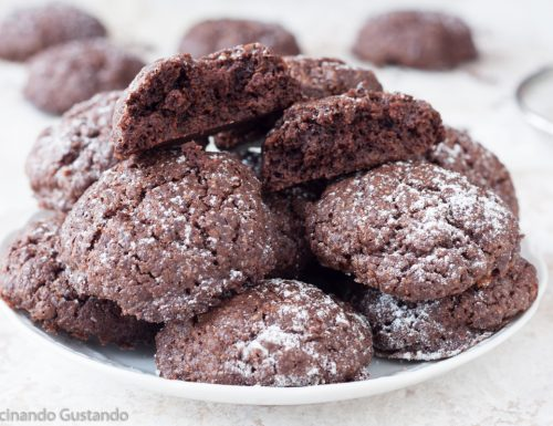 Biscotti al cioccolato senza burro croccanti