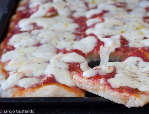 Pizza in teglia morbidissima