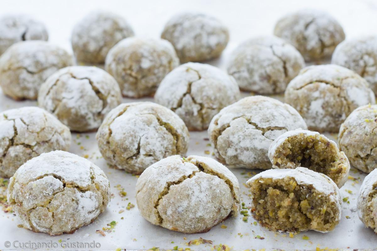Dolcetti siciliani alle mandorle e pistacchi morbidissimi