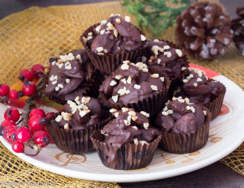 Dolcetti di mandorle e cioccolato