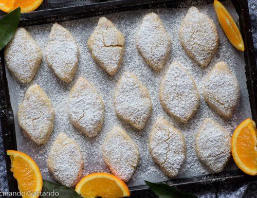 Ricciarelli all'arancia