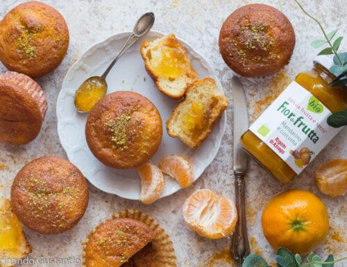 Muffin con confettura di mandarino e curcuma