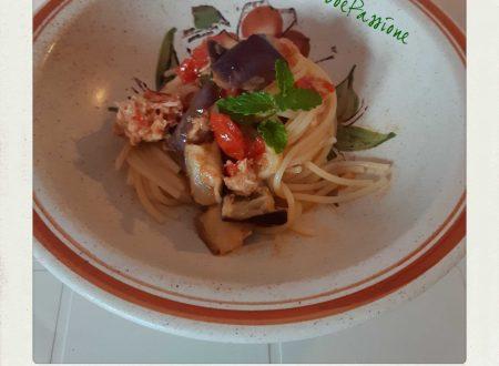 •Spaghetti Con Tonno, Datterini, Melanzane e Menta•