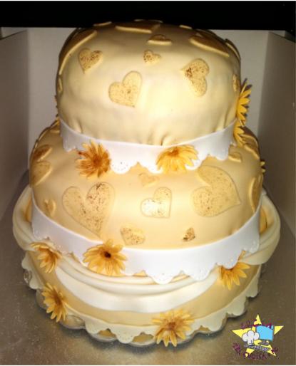 Torta Per Anniversario Di Matrimonio Giallo Zafferano.50 Anni Di Matrimonio Torta Anniversario Lu C I A Tra Cucina E Pc
