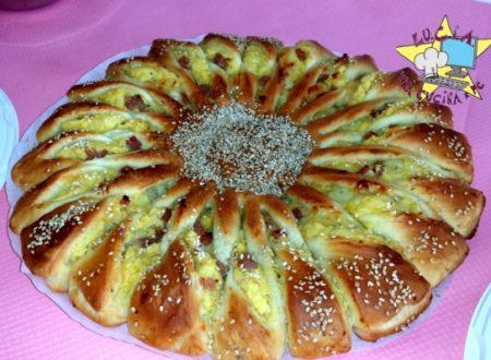 Girasole con impasto brioches salato – Rosticceria Siciliana